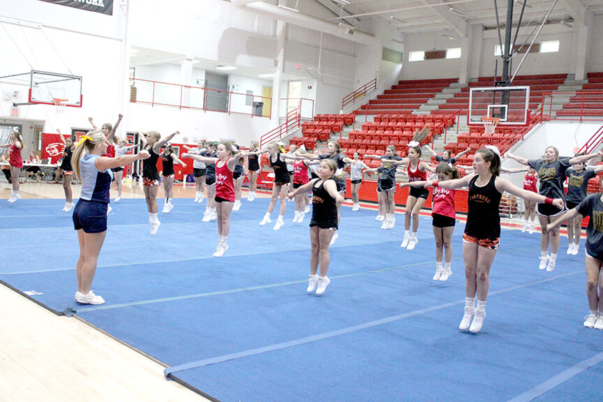 Local cheer teams at camp in Glen Rose pic.