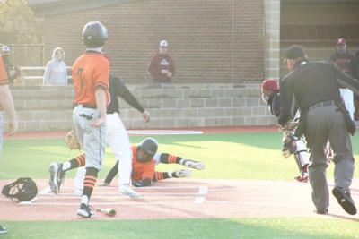 Malvern baseball vs Pine Bluff game photo