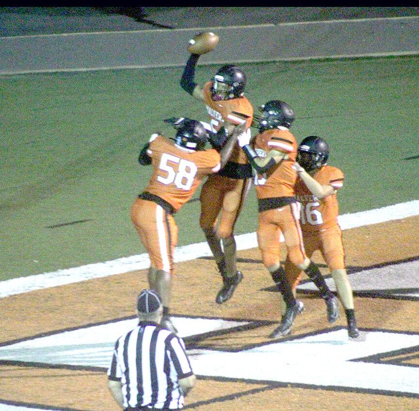 Malvern vs. Lake Hamilton football pic.