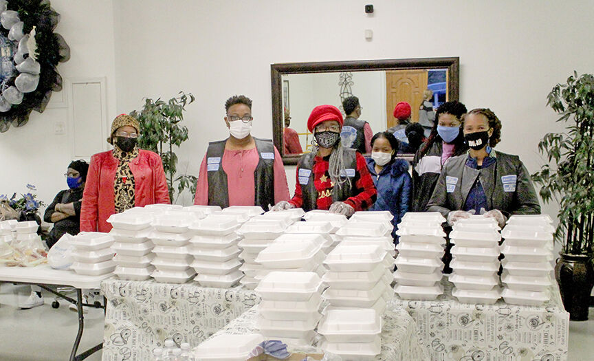 Victory Praise and Worship Church Christmas to-go meals pic.