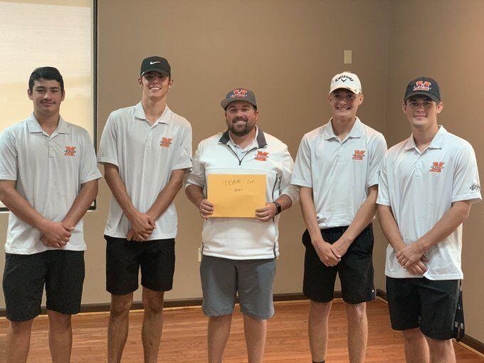 Malvern boys golf team photo