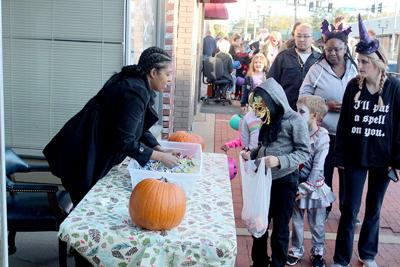 Trick or Treat on Main Street pic.