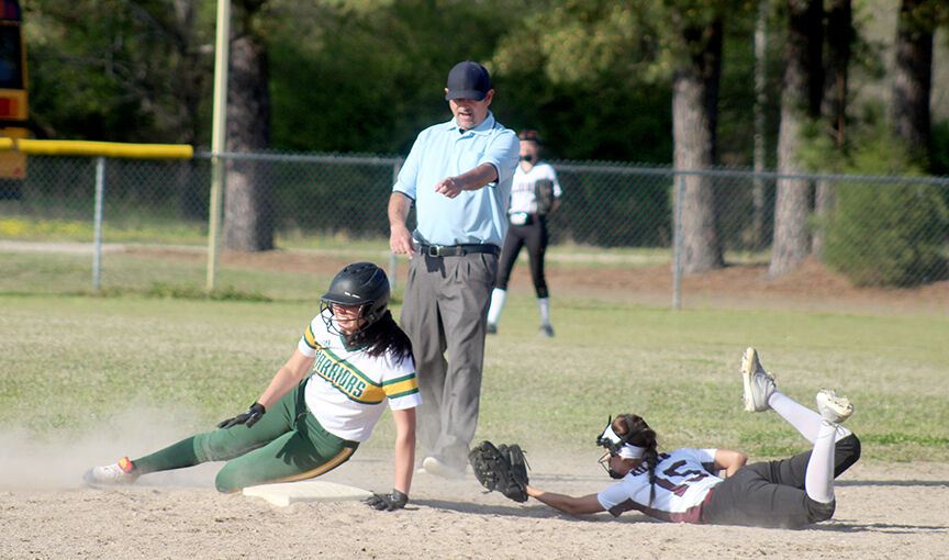 Lady Warriors vs. Mt. Ida softball pic.1.jpg