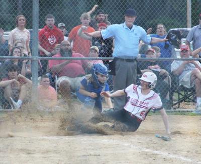 Glen Rose vs Bismarck softball game photo