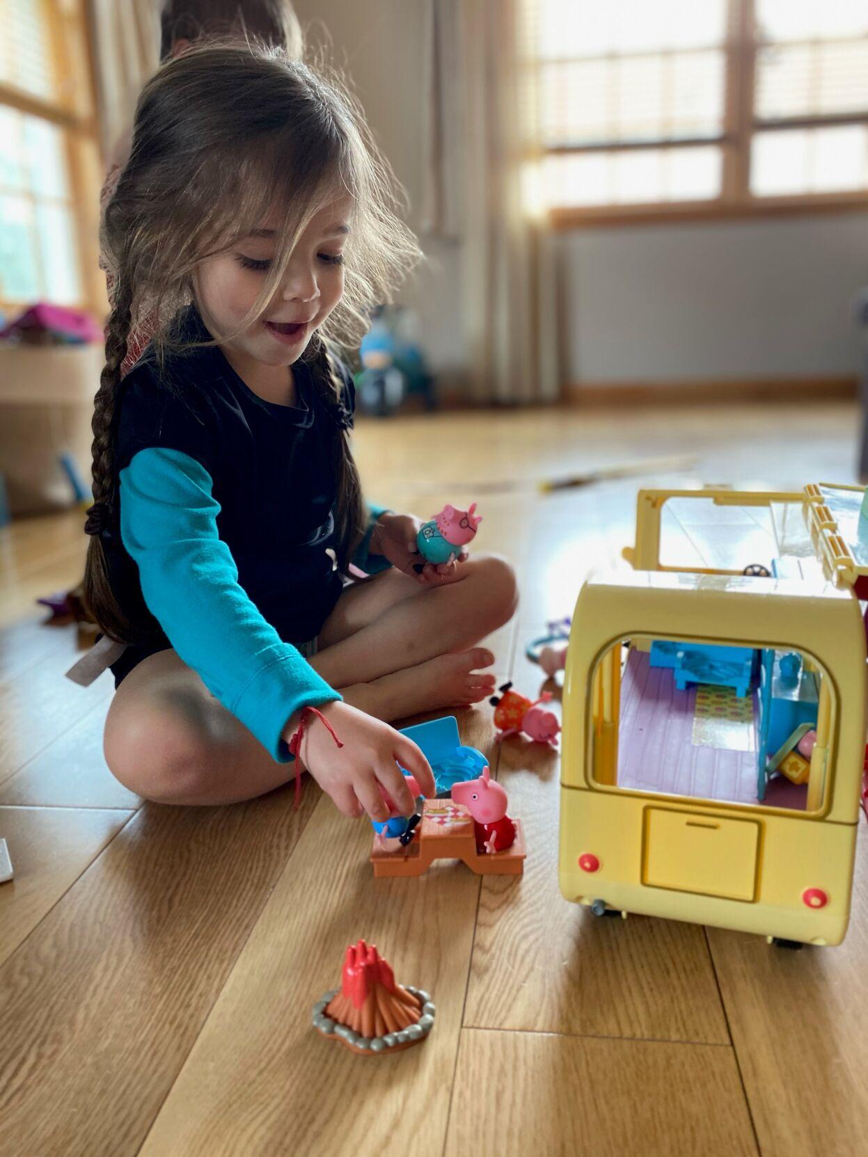 Avery Make-A-Wish Peppa Pig Toy