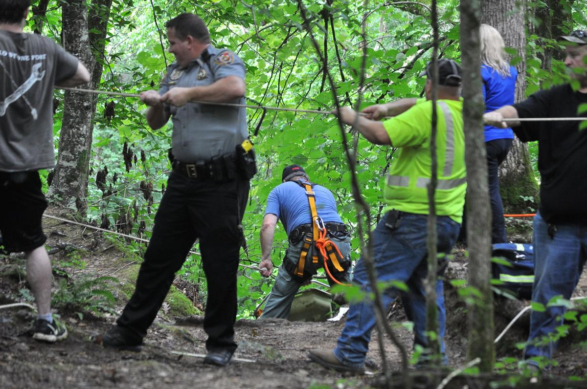Coffee County rescue squad evacuates fallen hiker at Old Stone Fort