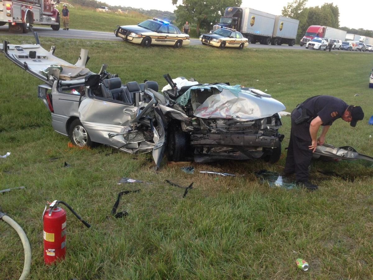 Two killed in Interstate crash near Manchester | Local News