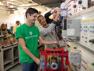 Motlow offers free mechatronics degree to high school juniors