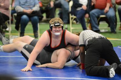 Coffee grapplers lose rumble at Warren County