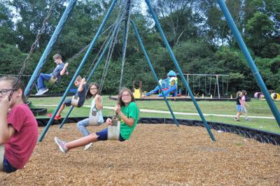 Hillsboro Elemen-tary earns consecutive Rewards School designation