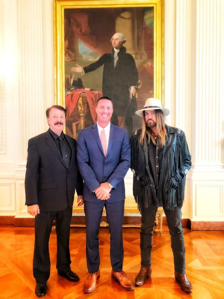 Joshua Smith, Billy Ray Cyrus go to the White House to raise awareness of cyber bullying and suicide prevention