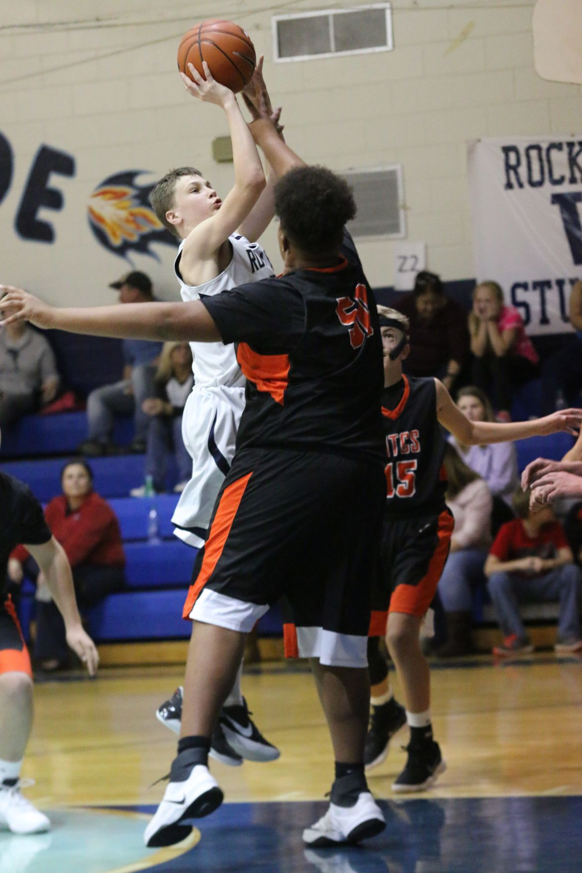 MIDDLE SCHOOL BASKETBALL: Lady Rockets dominate M.T.C.S.; WMS boys fall to Cougars