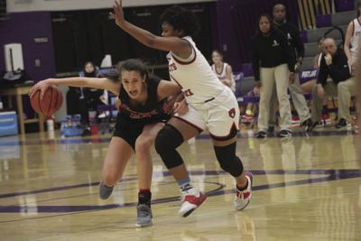 Lady Raiders sweep Portland tournament