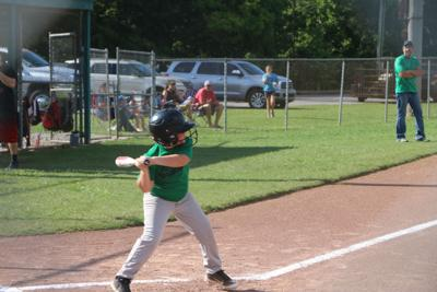 Dr. Jay defeats Interstate Auto in 8U matchup