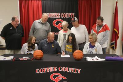 Vinson signs with Lipscomb University