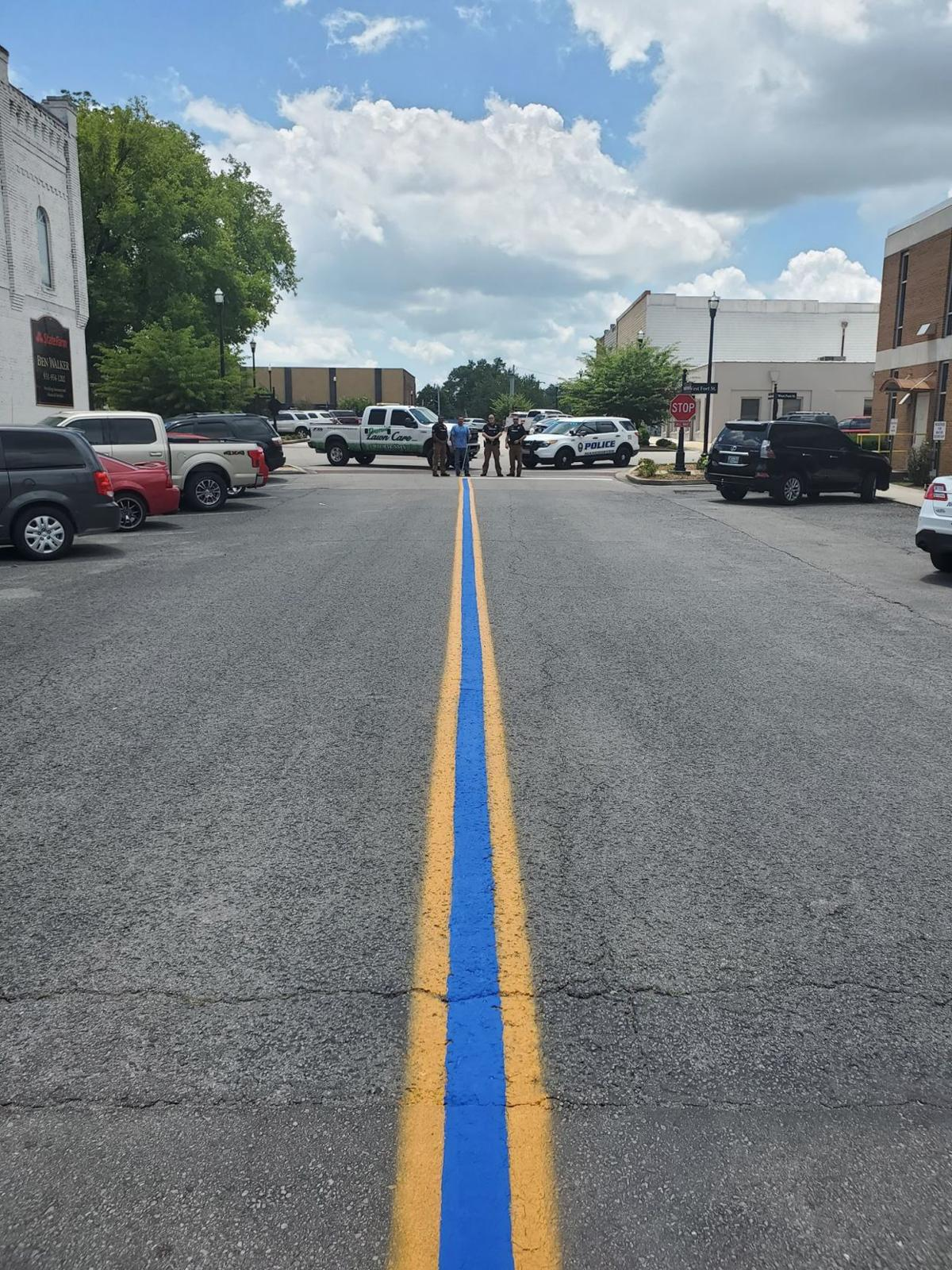 'Thin blue line' shows support to MPD