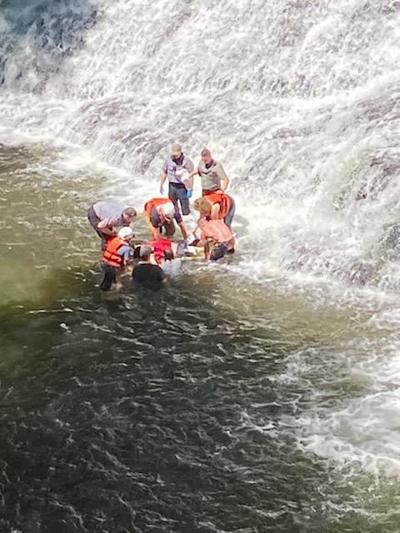 Coffee County Rescue Squad rescues man at Rutledge Falls