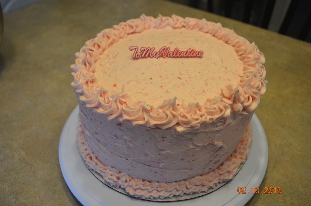 Kontry Villtes_Strawberry Cake )valentines).JPG