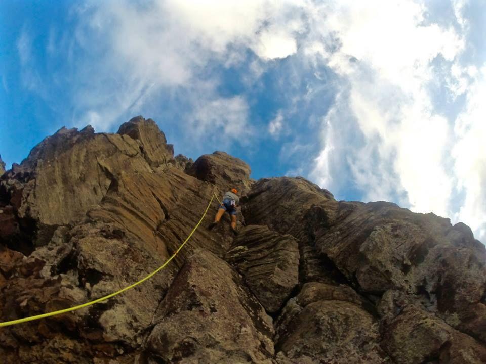 Makapu'u climbing wall lead