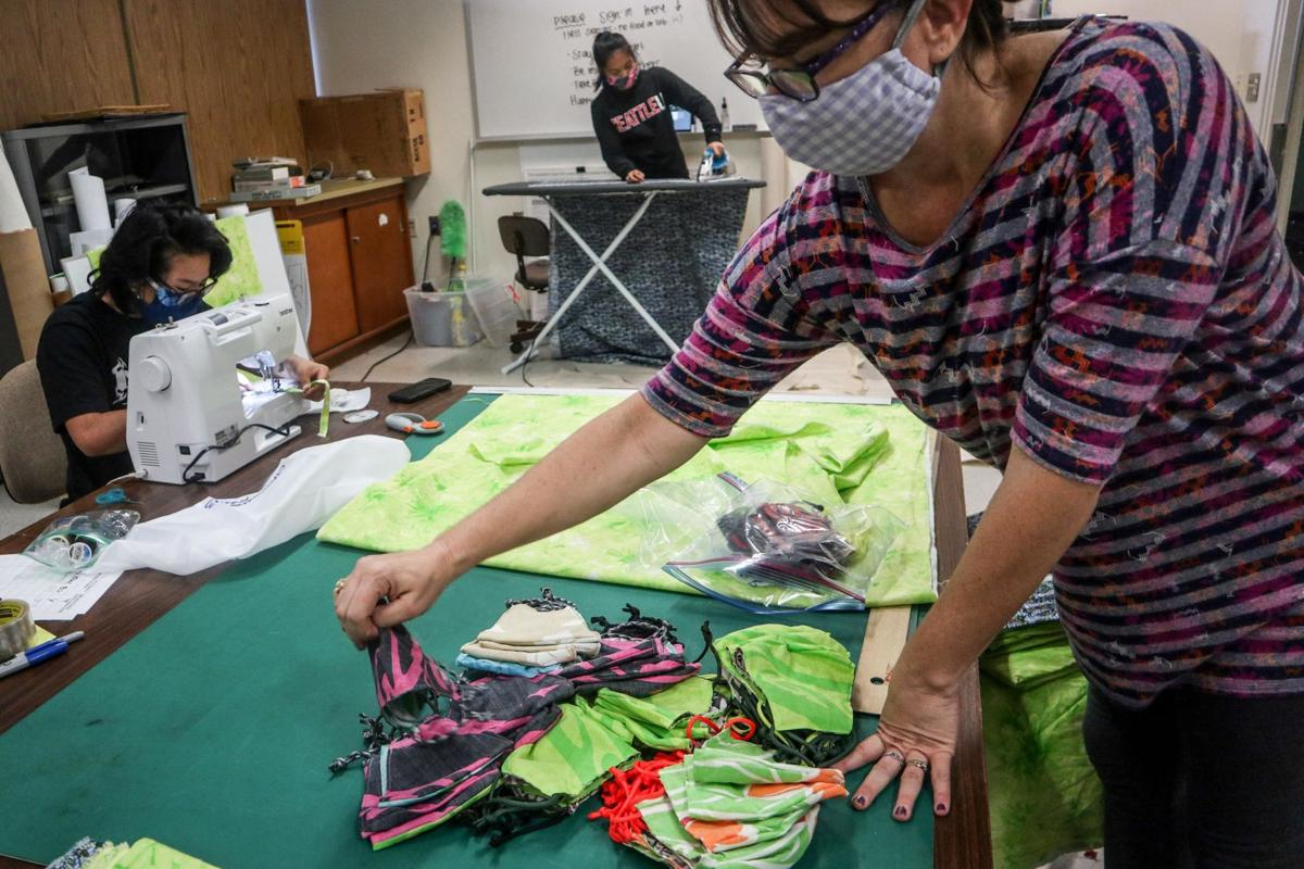 Volunteer Opportunity Mask Making For Uh Manoa Staff Features Manoanow Org