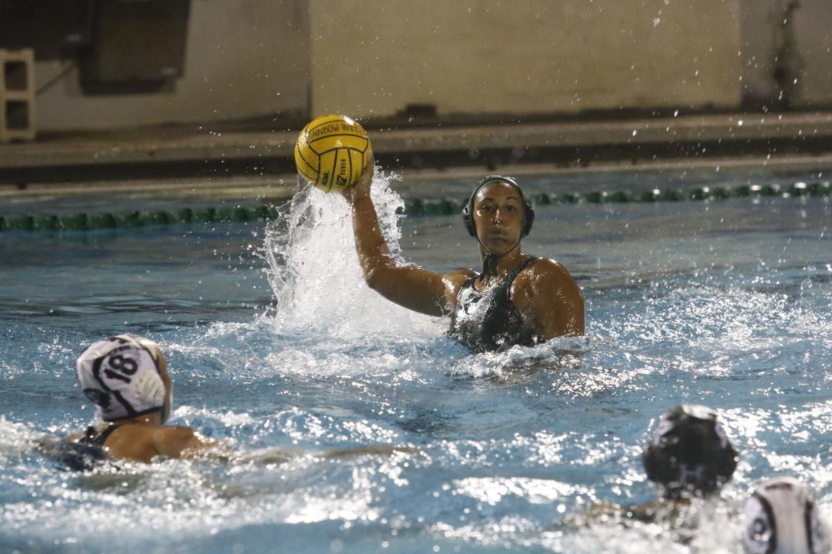 Women's Waterpolo UH vs Loyola Marymount 1-20-18