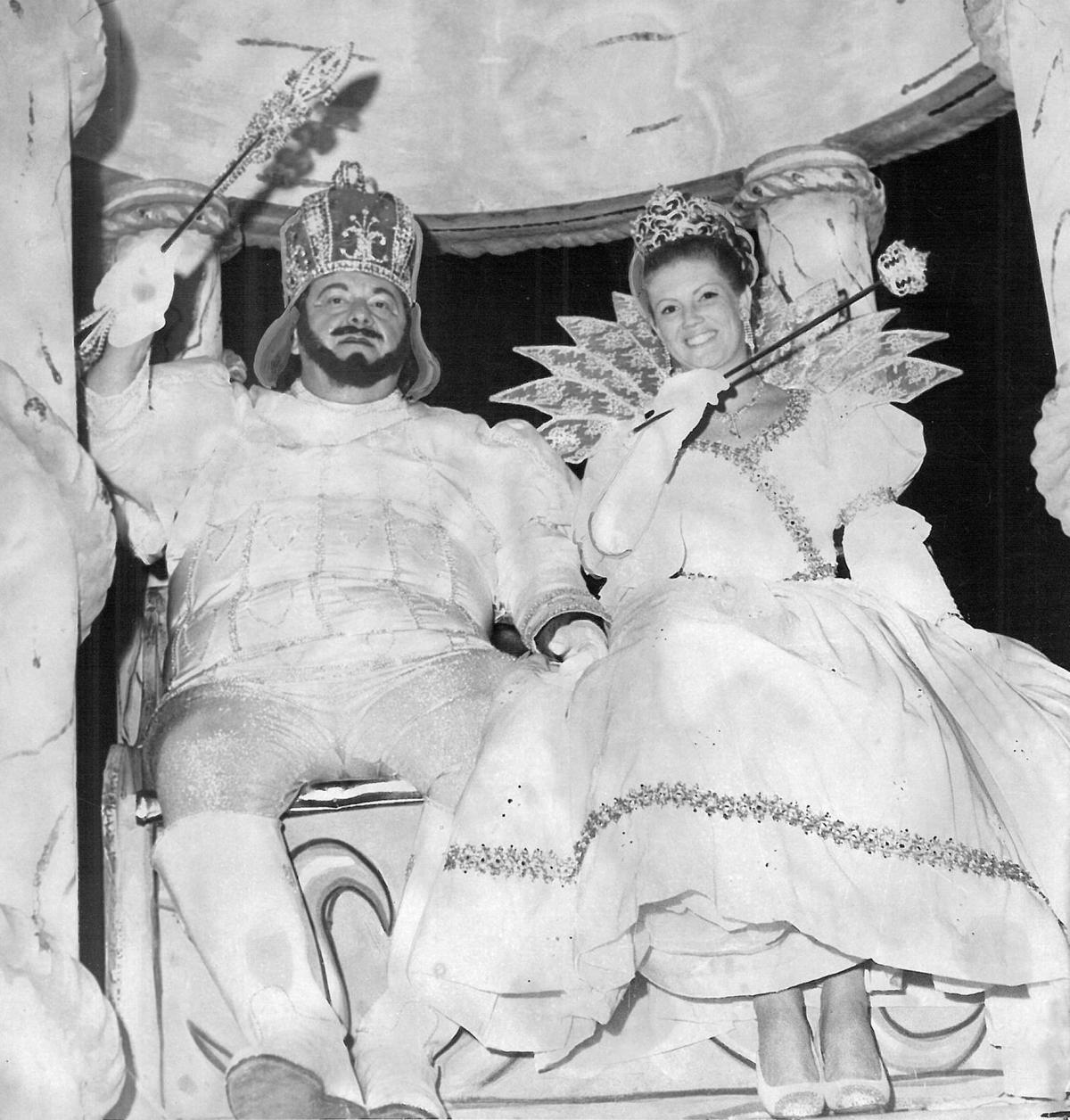 Vintage Mardi Gras photos of parades that no longer roll: #ThrowBackThursday