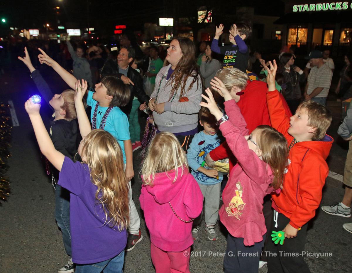 Krewe of Isis 2017 rolls in Metairie: See Mardi Gras parade photos