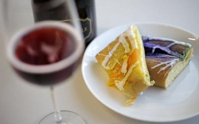 King cake wine pairings: Reds, whites to go with purple, green and gold