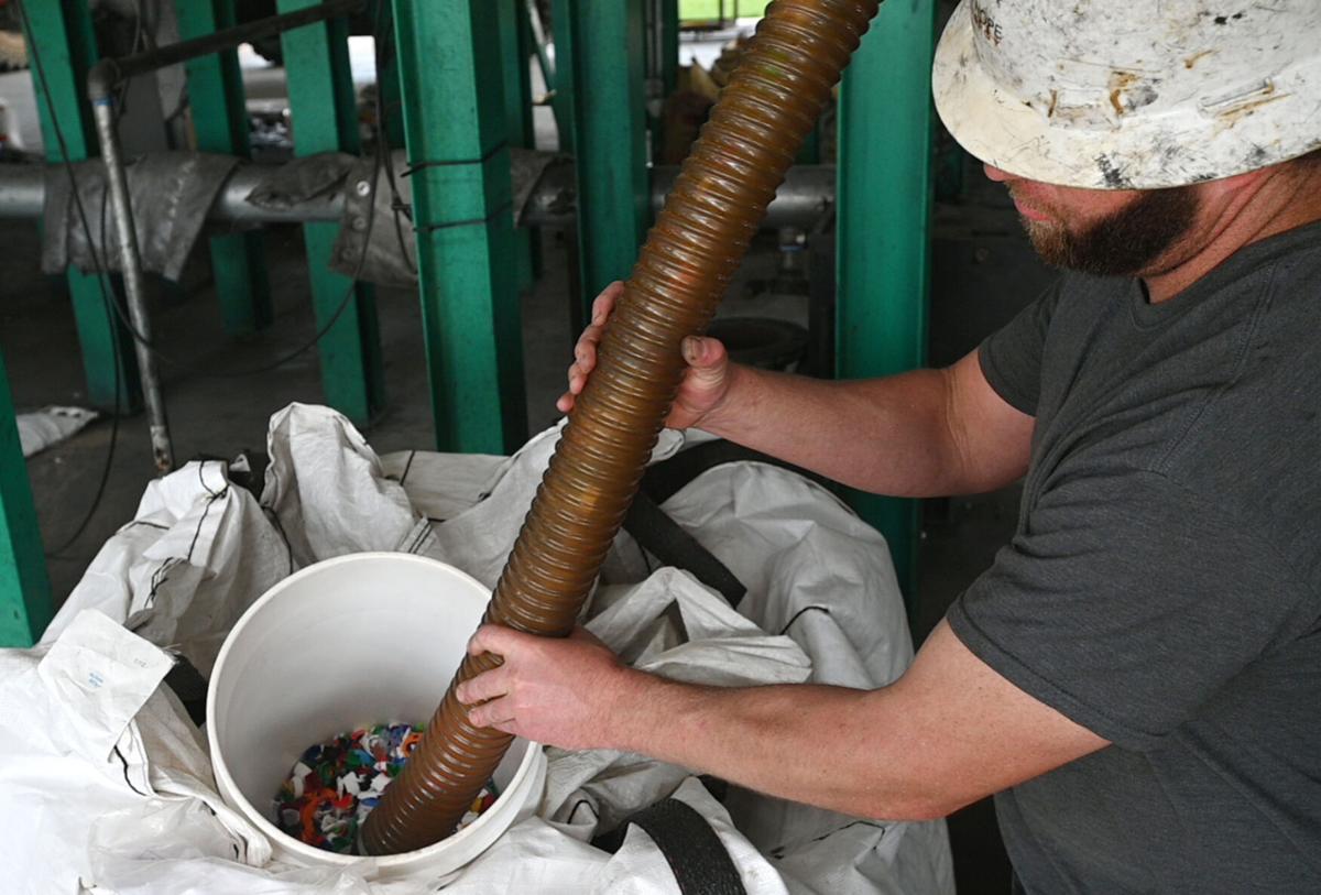 10162020_tmt_news_bottle_cap_oil_03web.jpg