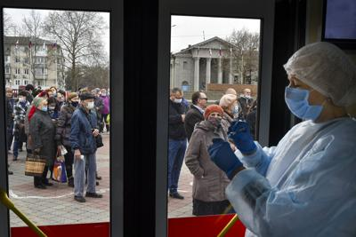 Russia Laggard Vaccination