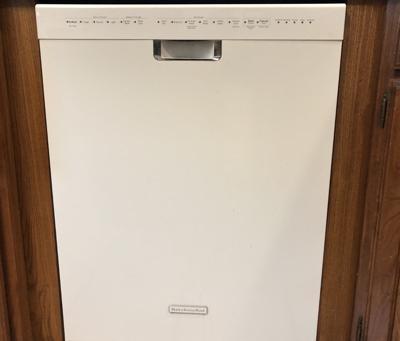 Moore_dishwasher