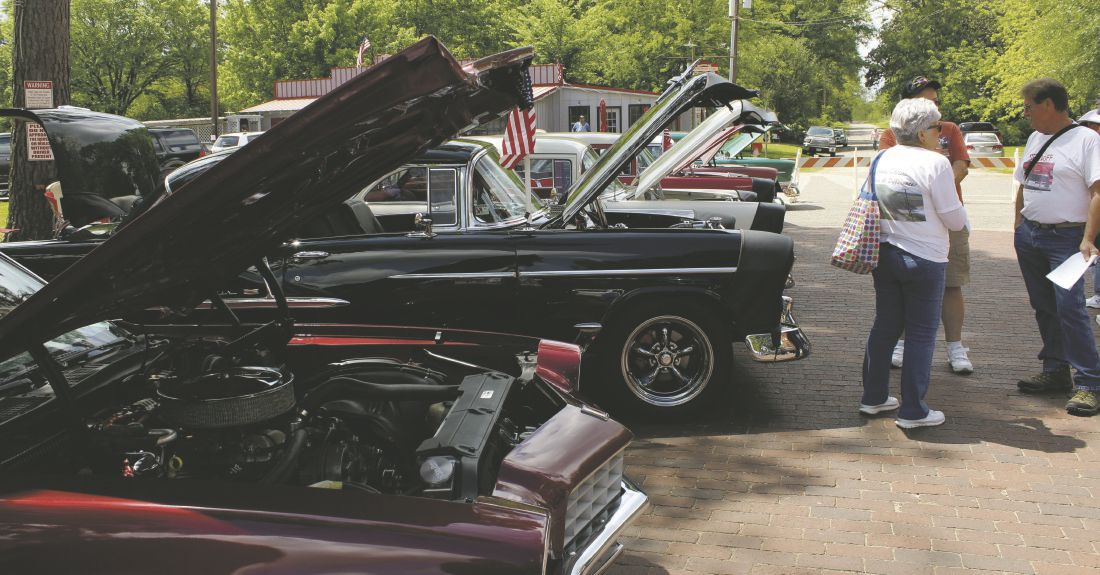 Vintage Cars Hot Rods On Display At Annual Jefferson Outlaw - Jefferson car show