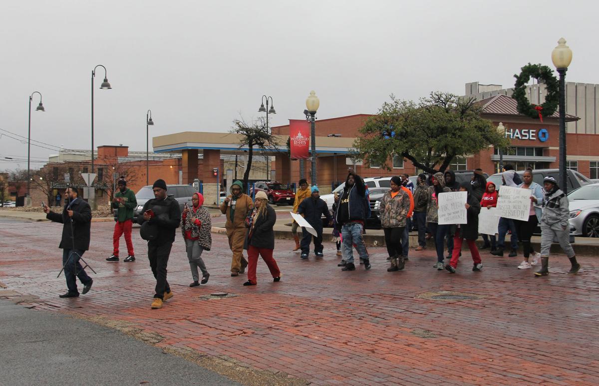 demonstrators.jpg