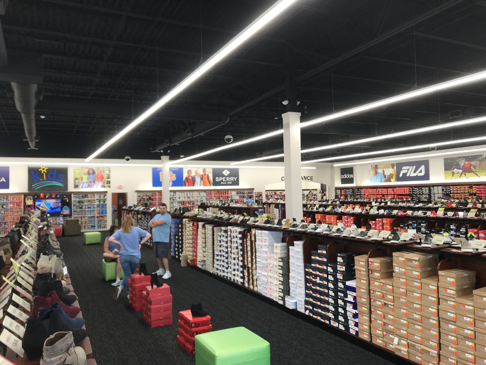East Texas' largest shoe store opens in