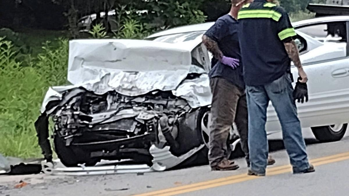 wreck on dillons fork road