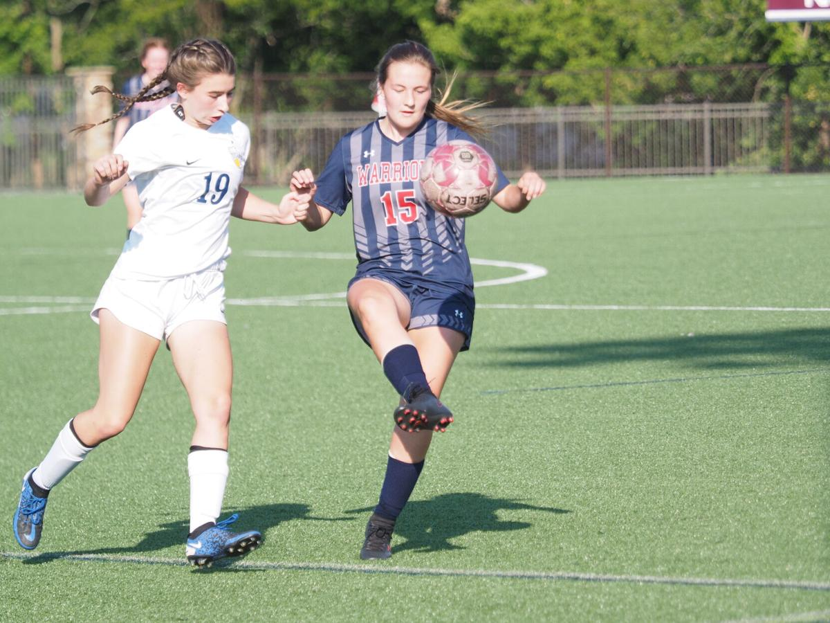 MV girls soccer
