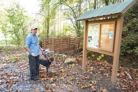 Lauren Mountain Preserve trailhead