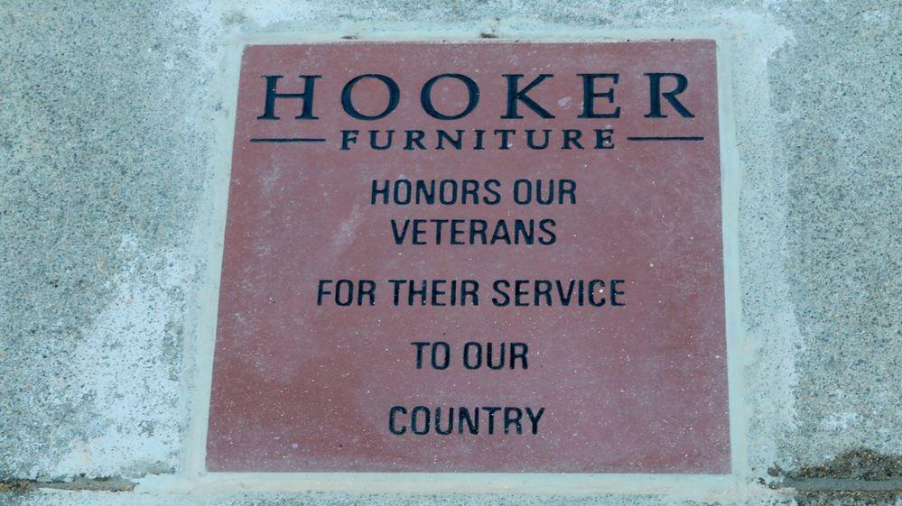 Bon MTV 1113 Hooker 1