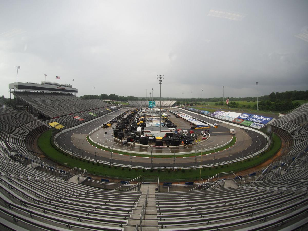 Watch Now Martinsville Speedway To Allow Limited Number Of Fans For Three Upcoming Nascar Playoff Races Martinsville Speedway Martinsvillebulletin Com