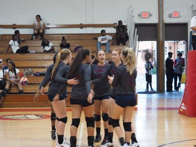 Magna Vista volleyball