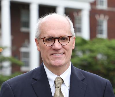 Murray State University President Dr. Bob Jackson receives national award MUG