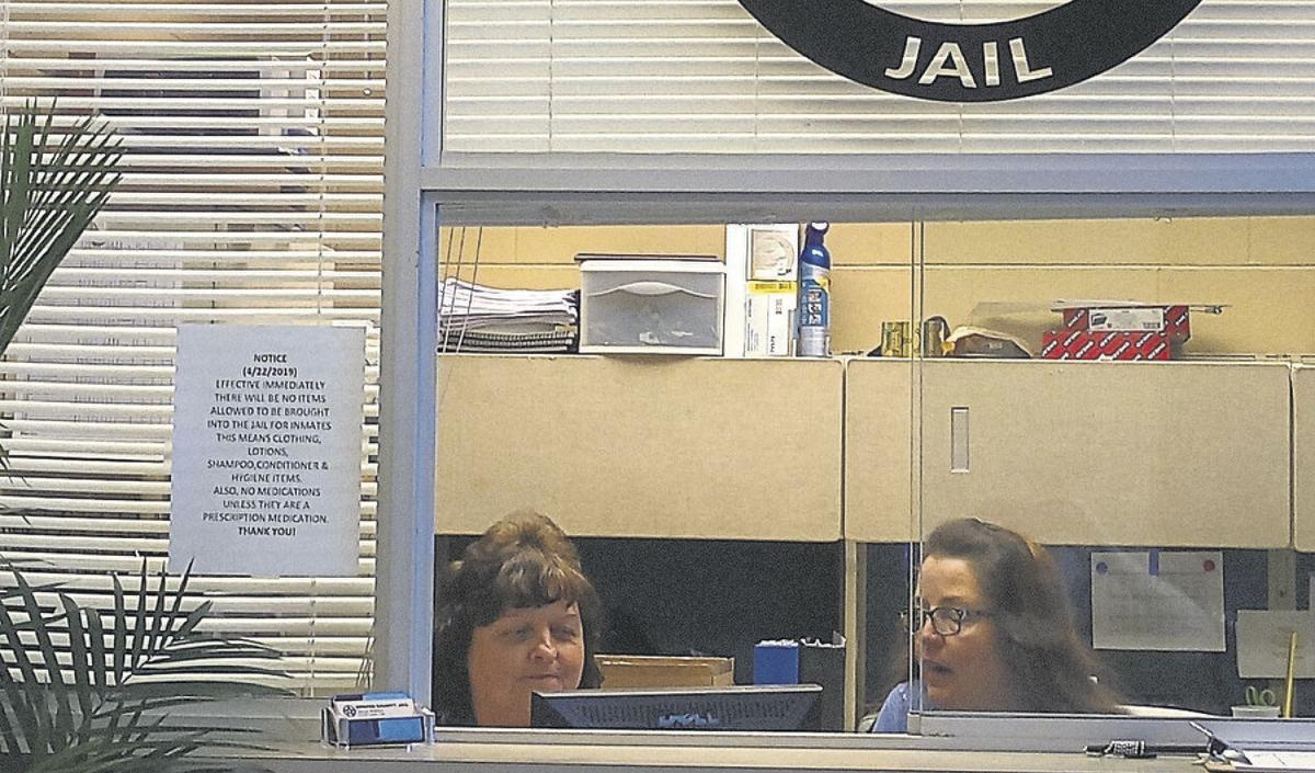 Jailer: Inmate shared drugs with 5 others | Local News