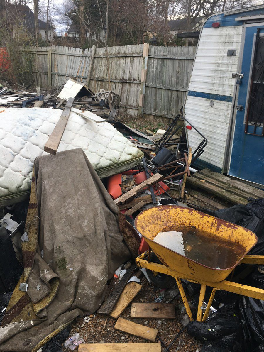 City board votes to demolish house in animal abuse case