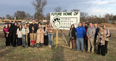 Pet clinic breaks ground at ceremony for new site