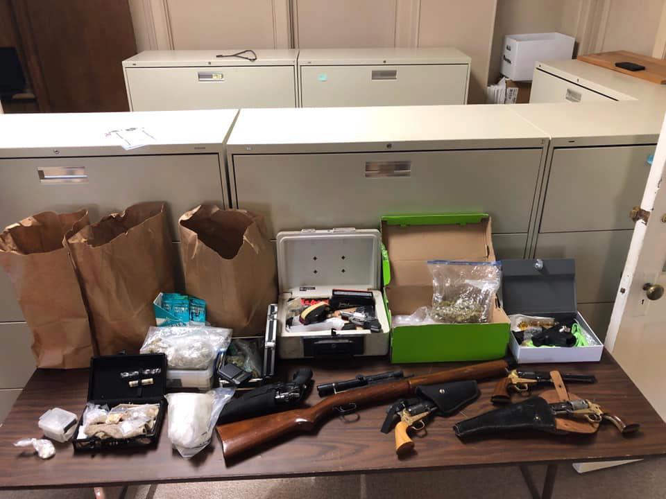 Detectives arrest man after Mayfield drug raid - Seized items