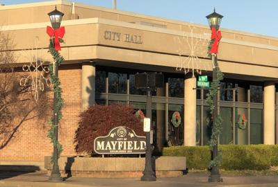 Mayfield City Hall closed to public, offices still doing business - photo
