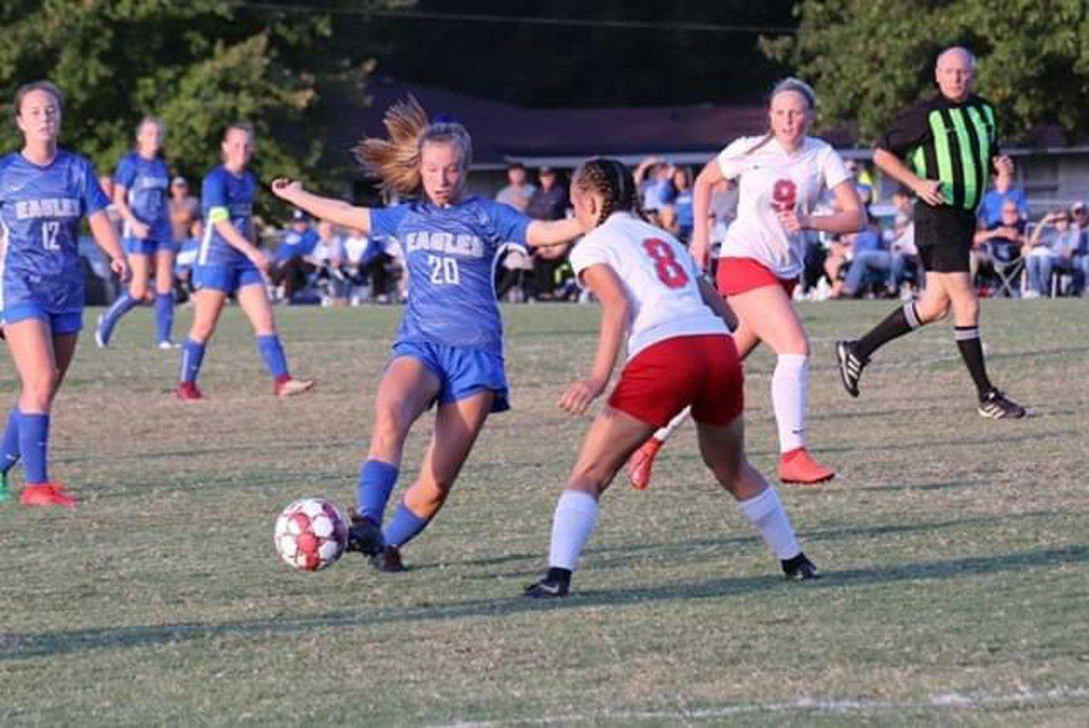 Lady Eagles fall in heartbreaker to Calloway, 4-3
