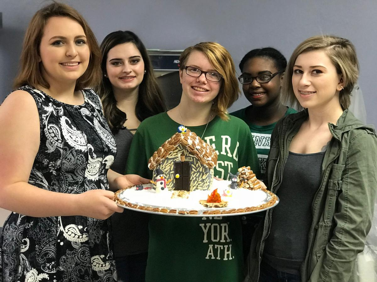 Gingerbread Houses 1.jpg