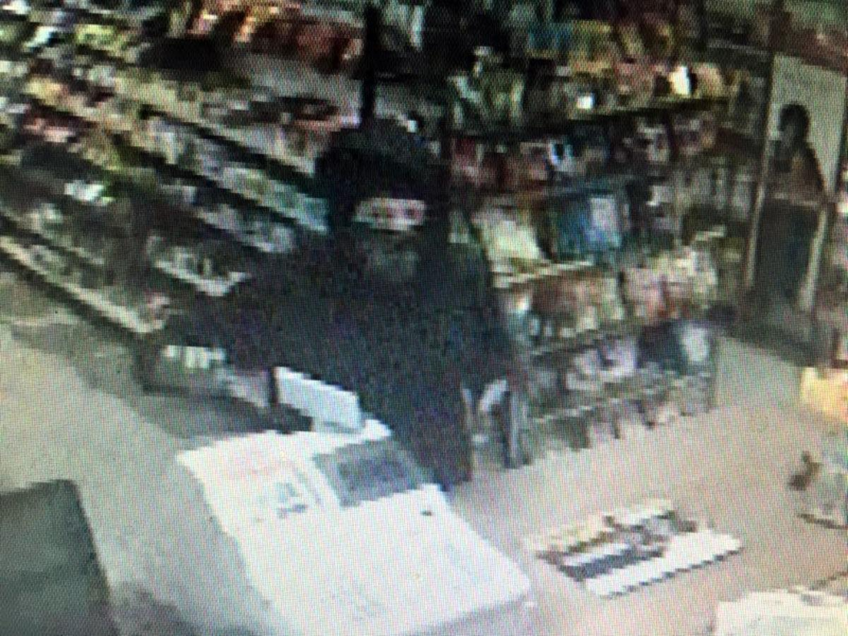 Armed robbery at Marion gas station