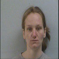 Report: Marion woman busted for pills, flees cops